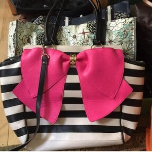 Betsey Johnson | Large pink bow tote bag